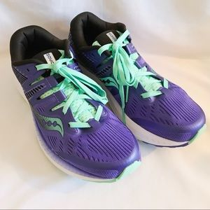 Preowned Saucony Ride ISO size 8 Athletic Shoe